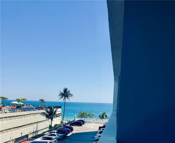 Photo of 4250 Galt Ocean Dr #3c, Fort Lauderdale, FL 33308 (MLS # F10280959)