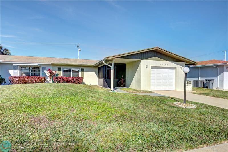 Photo of 13047 Via Vesta, Delray Beach, FL 33484 (MLS # F10267960)