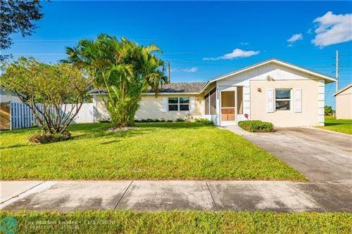 Photo of 1088 Grandview Cir, Royal Palm Beach, FL 33411 (MLS # F10258961)