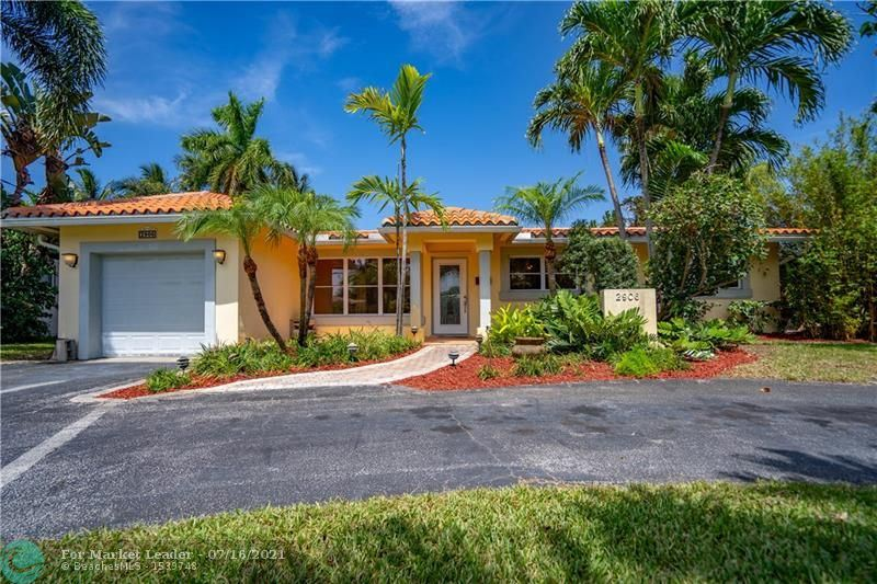 Photo of 2906 NE 21st Ter, Fort Lauderdale, FL 33306 (MLS # F10291962)