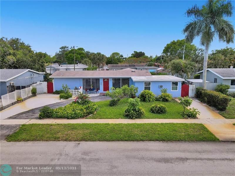 Photo of 3604 SW 23rd St, Fort Lauderdale, FL 33312 (MLS # F10283965)