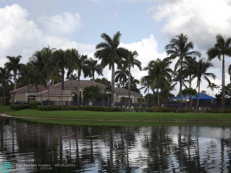 Photo of 19060 SW 7th St, Pembroke Pines, FL 33029 (MLS # F10298968)