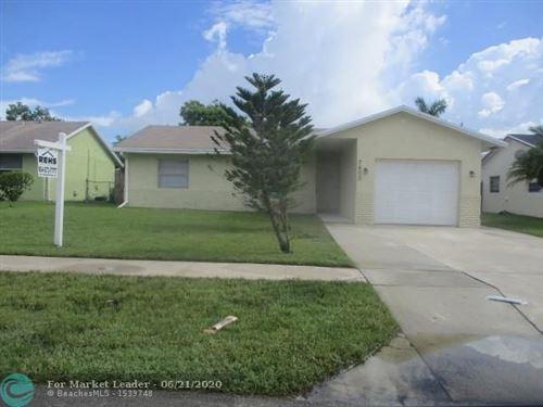 Foto de inmueble con direccion 7609 SW 7th Pl North Lauderdale FL 33068 con MLS F10234969