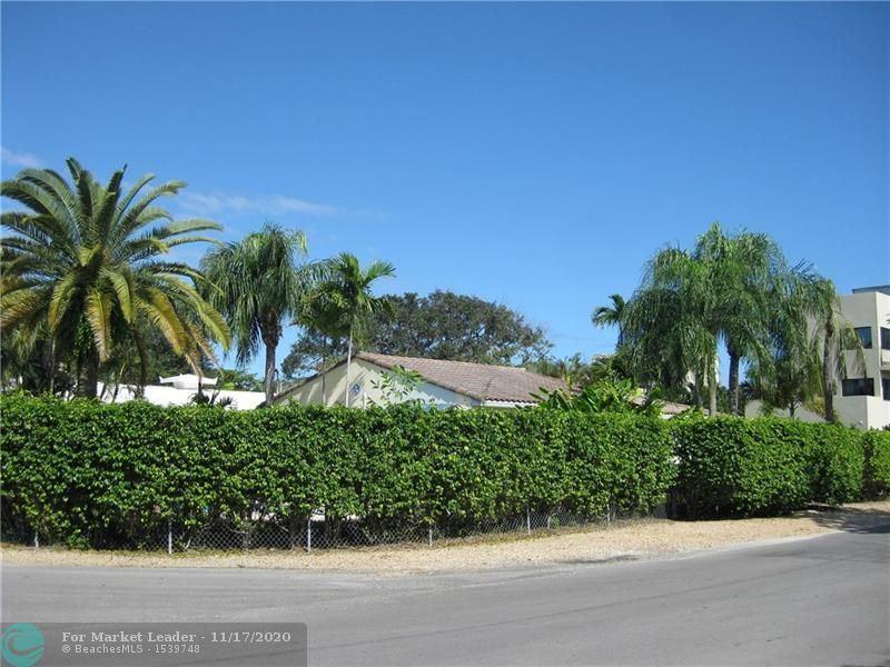Photo of 1729 NE 8th St, Fort Lauderdale, FL 33304 (MLS # F10258972)