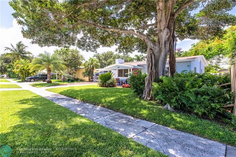 Photo of 609 NE 14TH PL, Fort Lauderdale, FL 33304 (MLS # F10291976)