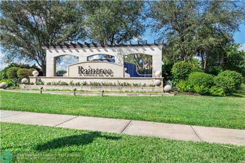 Photo of 11520 SW 14th St #11520, Pembroke Pines, FL 33025 (MLS # F10258979)