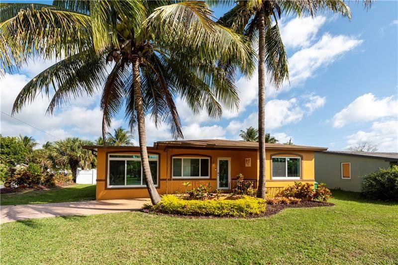 Photo of 530 NW 8TH ST, Dania Beach, FL 33004 (MLS # F10273979)