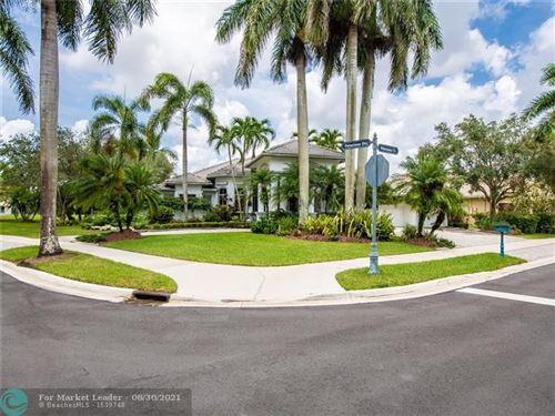 Photo of 2418 Poinciana Ct, Weston, FL 33327 (MLS # F10297987)