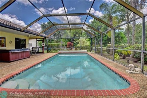 Foto de inmueble con direccion 1528 NW 112th Way Coral Springs FL 33071 con MLS F10231988