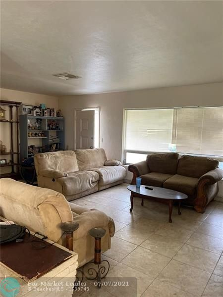 Photo of 709 NW 29th St, Wilton Manors, FL 33311 (MLS # F10291989)