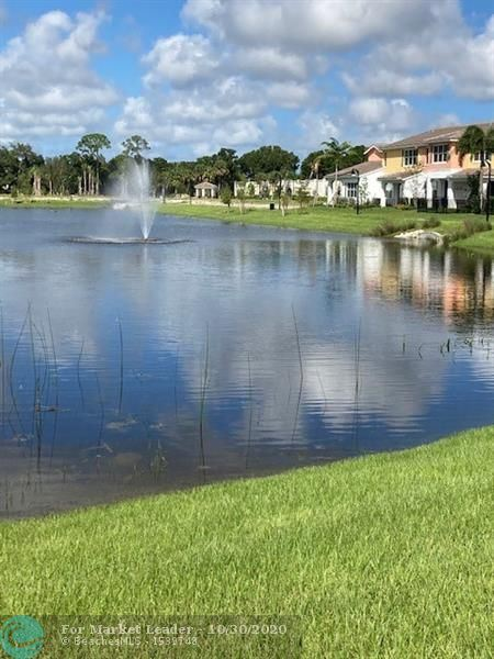 Photo of 12861 TREVI ISLE DRIVE #19, Palm Beach Gardens, FL 33418 (MLS # F10237990)