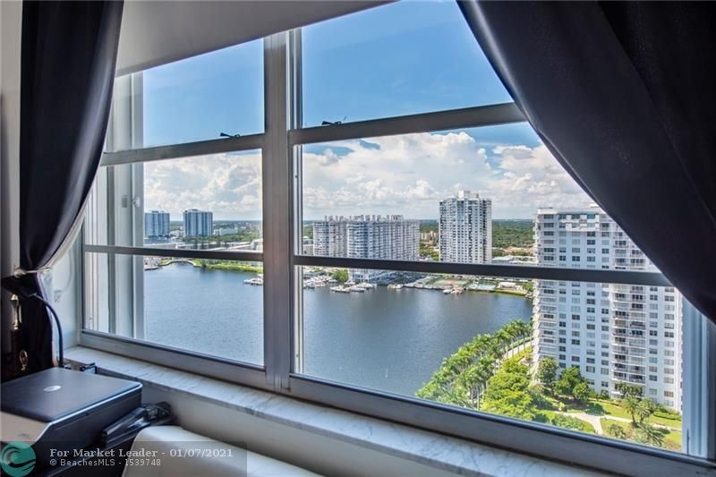 Photo of Aventura, FL 33160 (MLS # F10249991)