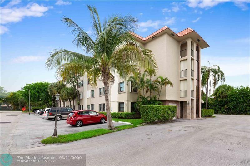 Photo of 615 NE 12th Ave #309, Fort Lauderdale, FL 33304 (MLS # F10234996)