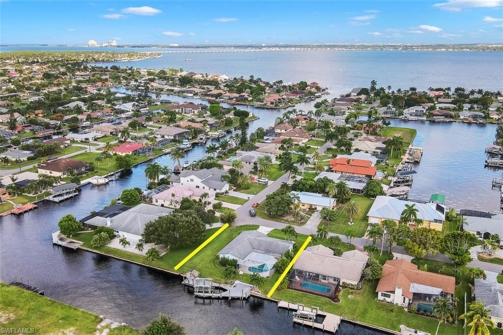 3202 SE 19th Place, Cape Coral, FL 33904 - #: 220070001