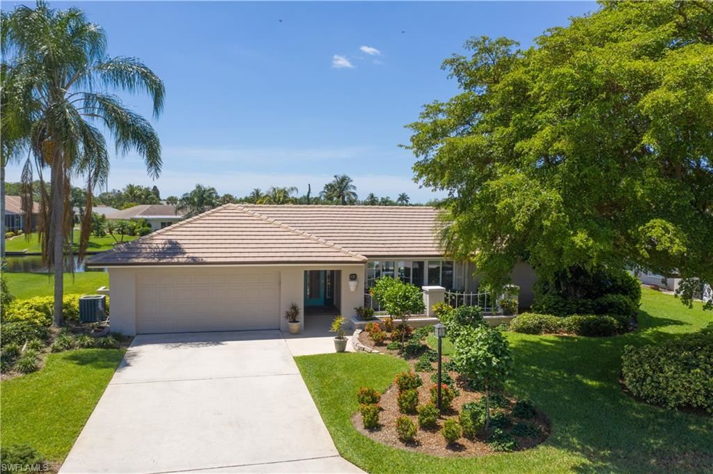 930 S Town And River Drive, Fort Myers, FL 33919 - #: 220028006