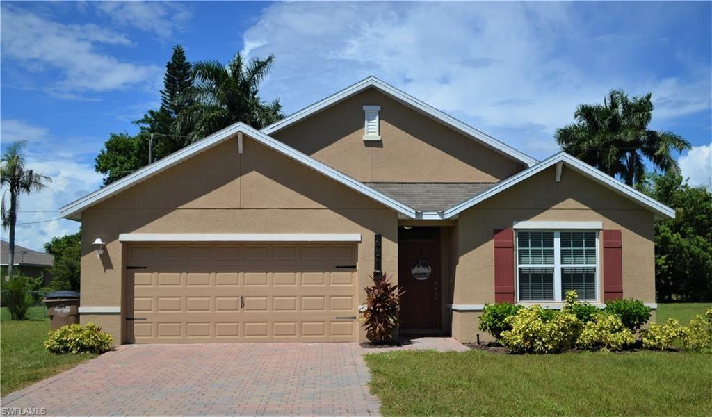 631 SW 27th Terrace, Cape Coral, FL 33914 - #: 221066020