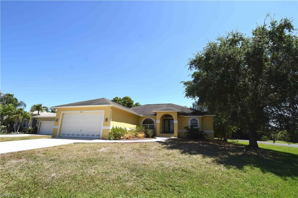 8970 Woodgate Manor Court, Fort Myers, FL 33908 - #: 220021038