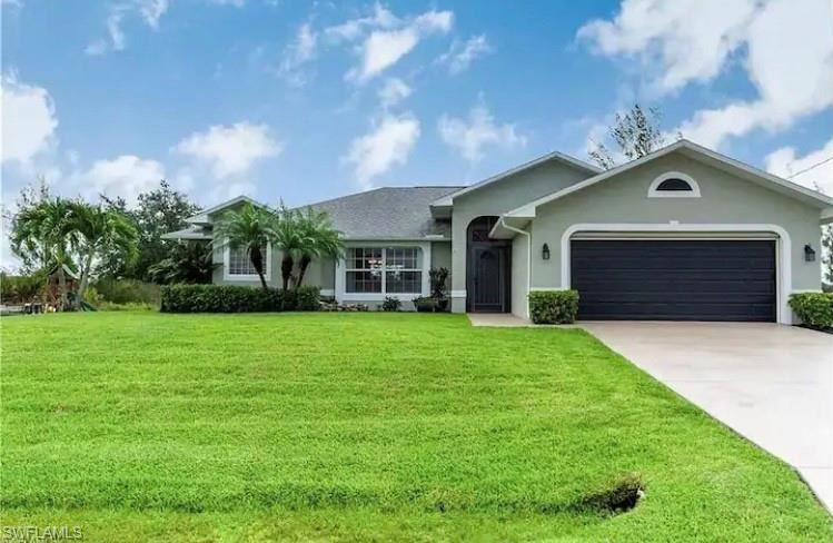 3713 NE 12th Place, Cape Coral, FL 33909 - #: 221029044
