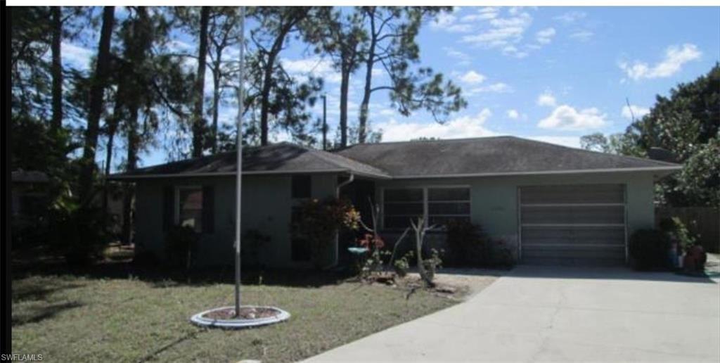 2336 Burton Avenue, Fort Myers, FL 33907 - #: 221019047