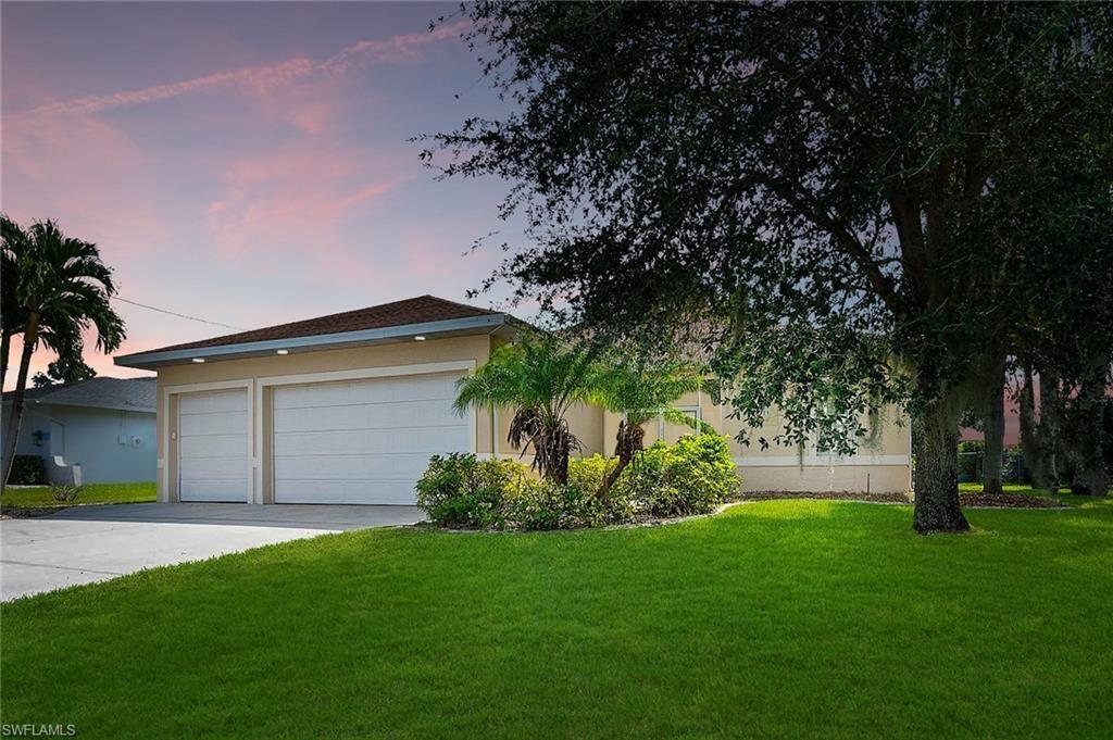 525 SE 16th Place, Cape Coral, FL 33990 - #: 221061048