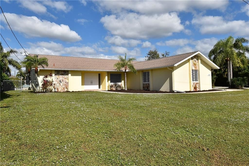 2019 SE 10th Lane, Cape Coral, FL 33990 - #: 220070060