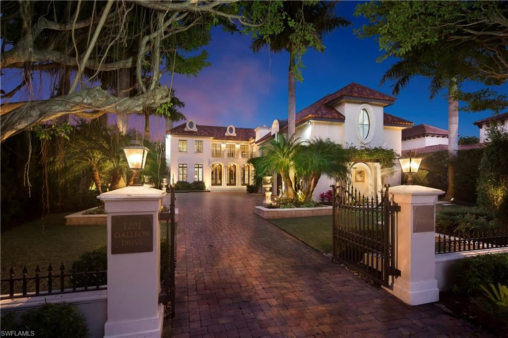 1201 Galleon Drive, Naples, FL 34102 - MLS#: 217020067