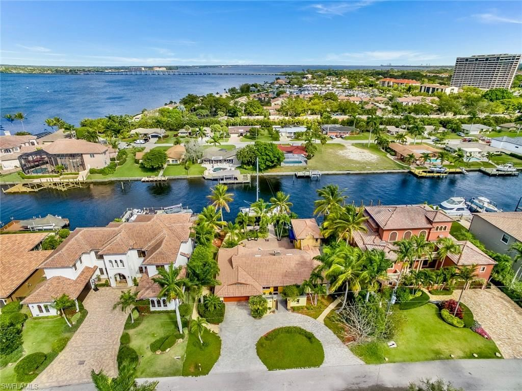 833 Cypress Lake Circle, Fort Myers, FL 33919 - MLS#: 220059070