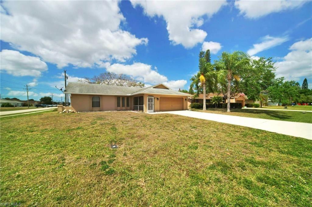 726 SE 10th Place, Cape Coral, FL 33990 - #: 221021080