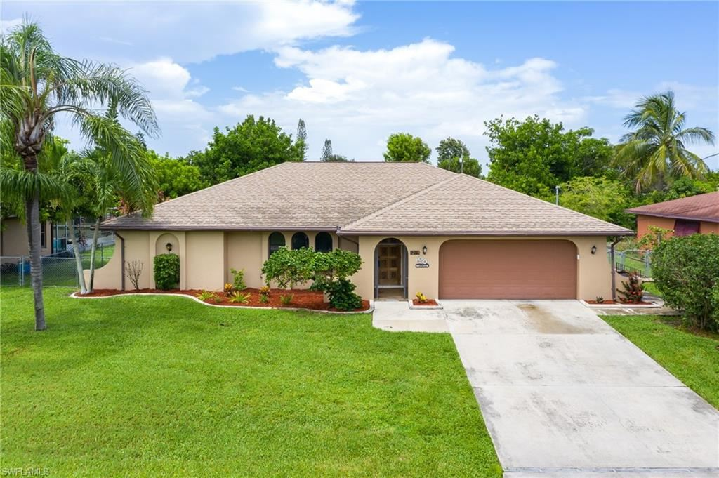 1215 SE 19th Terrace, Cape Coral, FL 33990 - #: 220053081