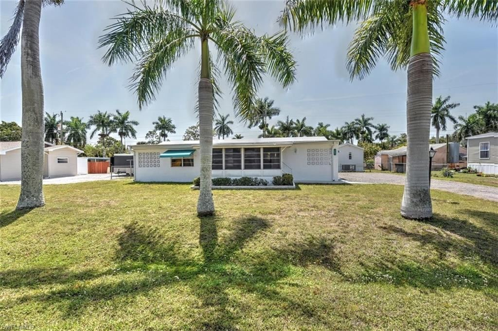 12091 Palm Drive, Fort Myers, FL 33908 - #: 221024090