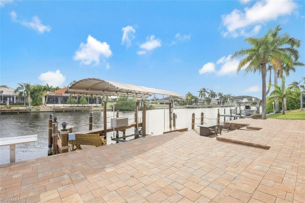 2720 SW 37th Terrace, Cape Coral, FL 33914 - #: 221004095