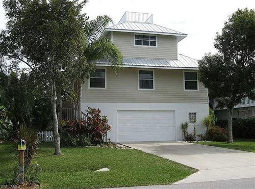 Photo of 1290 Rainbow Court, NAPLES, FL 34110 (MLS # 221043122)