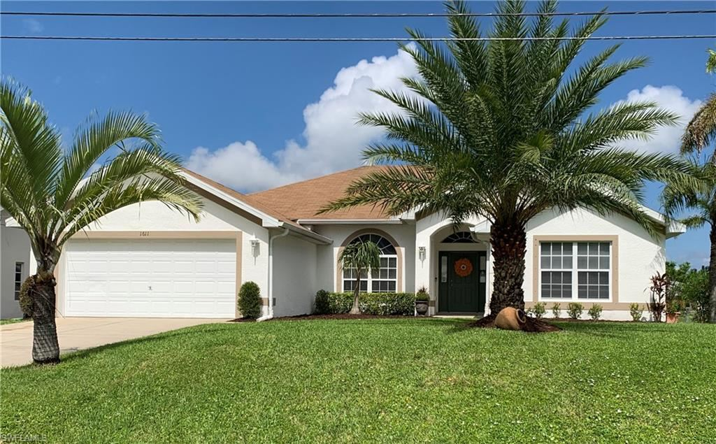 1611 SW 13th Terrace, Cape Coral, FL 33991 - #: 220068123