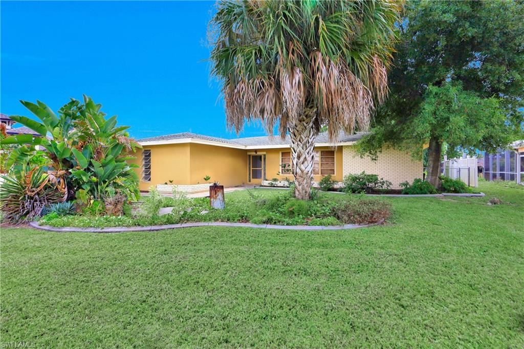 846 Monticello Court, Cape Coral, FL 33904 - #: 220073130