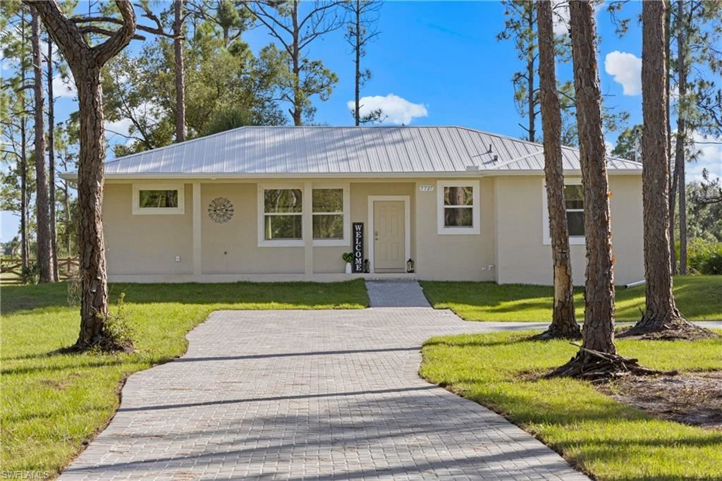 7727 19th Place, La Belle, FL 33935 - #: 220069136