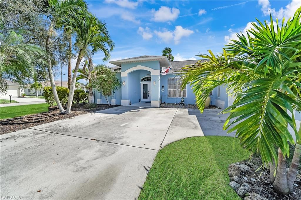 420 SE 29th Terrace, Cape Coral, FL 33904 - #: 220008141