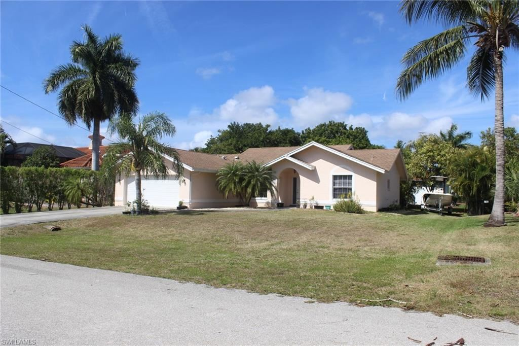 1811 SW 48th Lane, Cape Coral, FL 33914 - #: 221016156