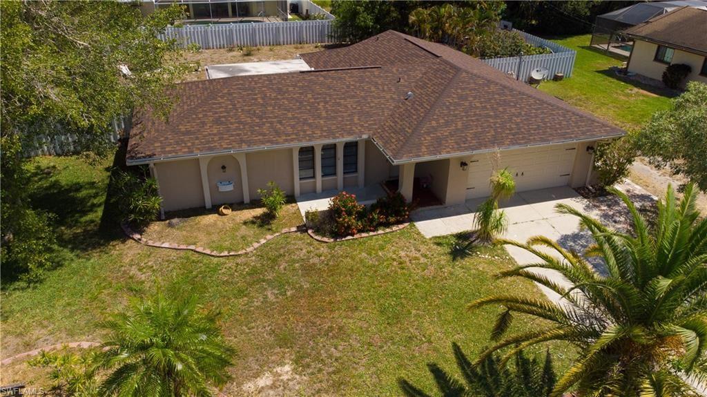 915 SE 17th Terrace, Cape Coral, FL 33990 - #: 221040156