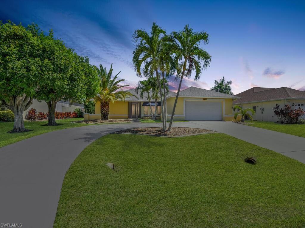2209 SE 16th Street, Cape Coral, FL 33990 - #: 221044156