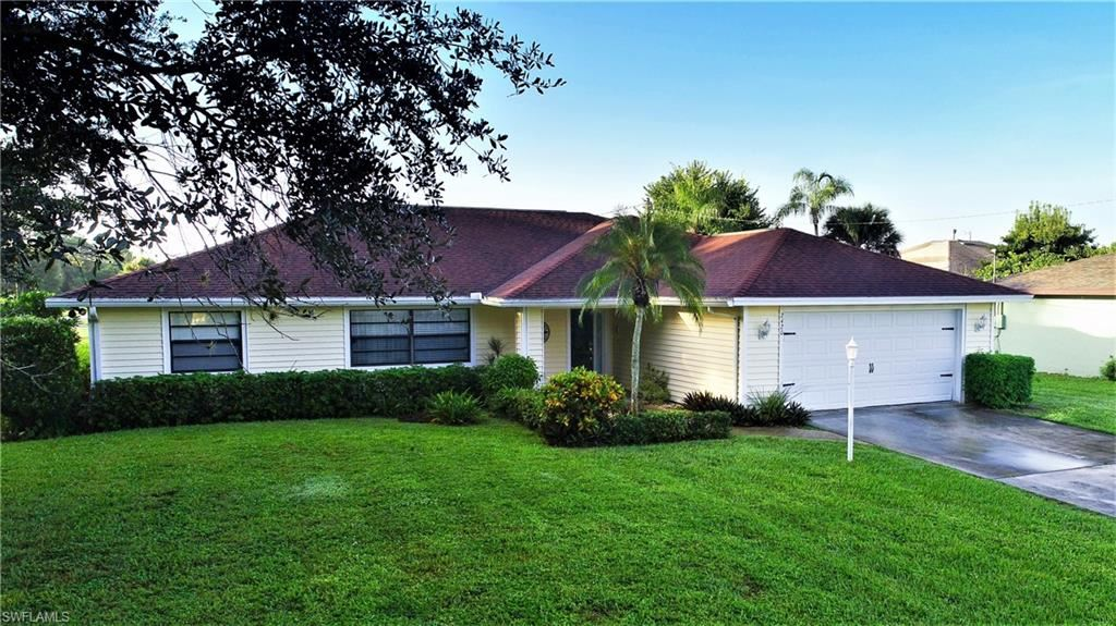 2420 Atlantic Circle, Lehigh Acres, FL 33936 - #: 220069166