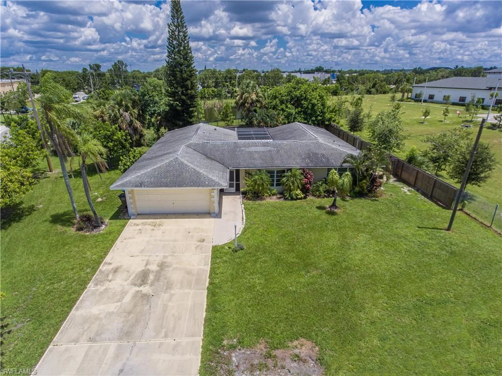 1661 Crooked Arrow Court, Cape Coral, FL 33990 - #: 221019191