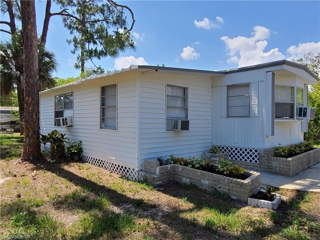 8356 Marx Drive, North Fort Myers, FL 33917 - MLS#: 221034202