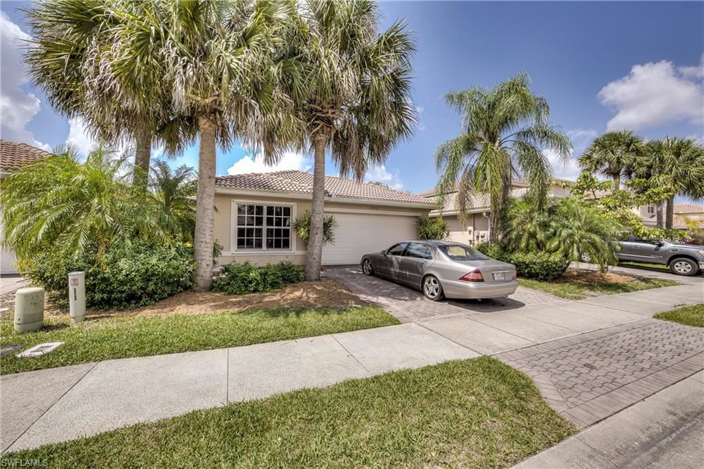 10402 Carolina Willow Drive, Fort Myers, FL 33913 - #: 221030203