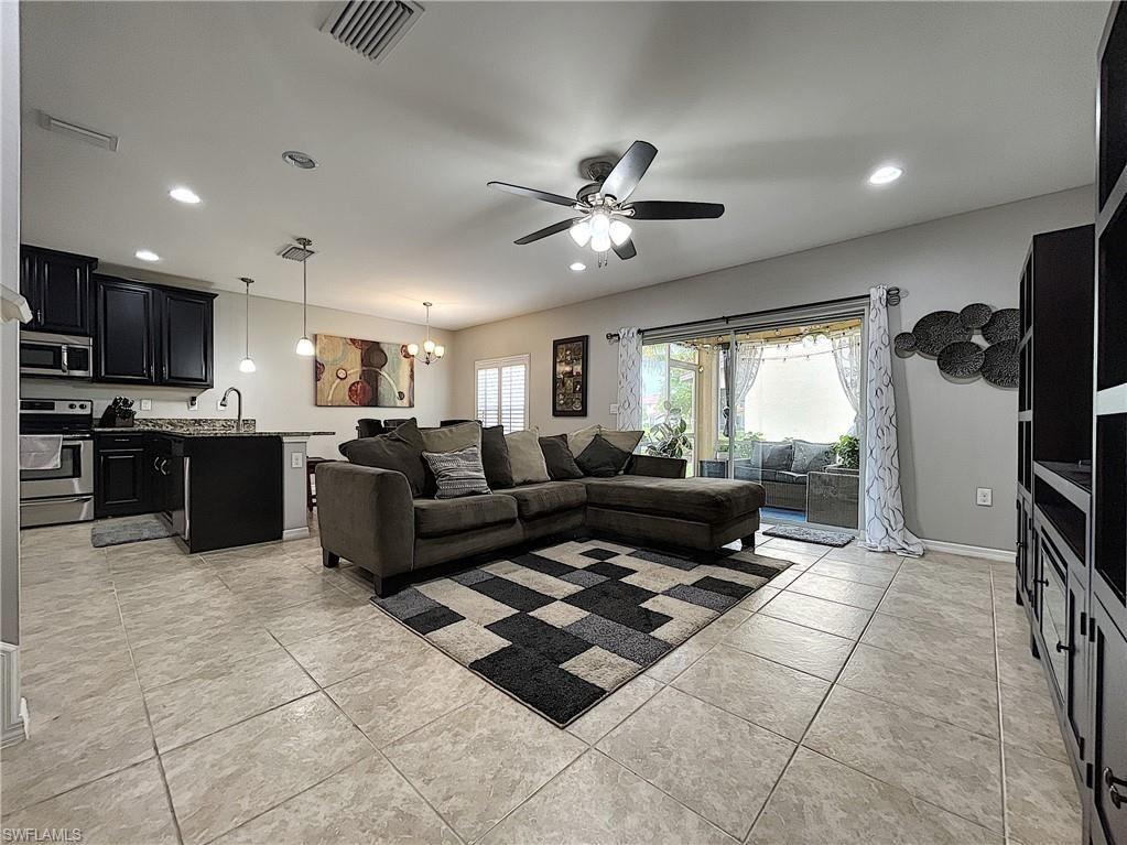 3863 Tibor Circle, Fort Myers, FL 33916 - #: 221045203
