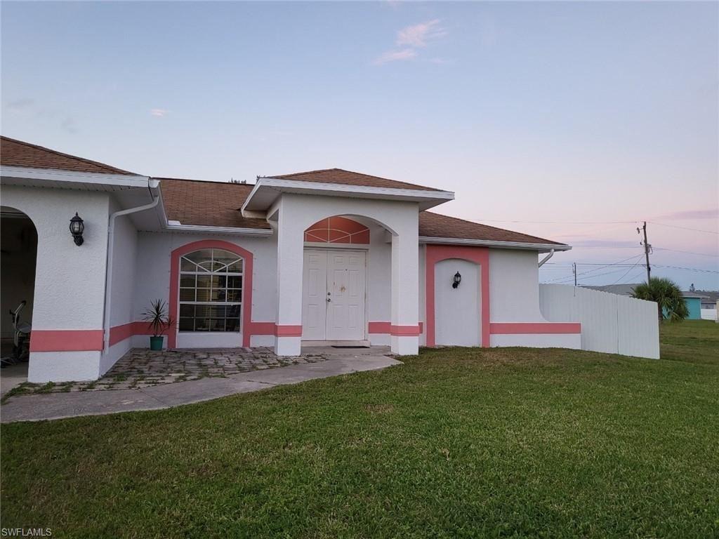823 NE 19th Street, Cape Coral, FL 33909 - #: 221061208