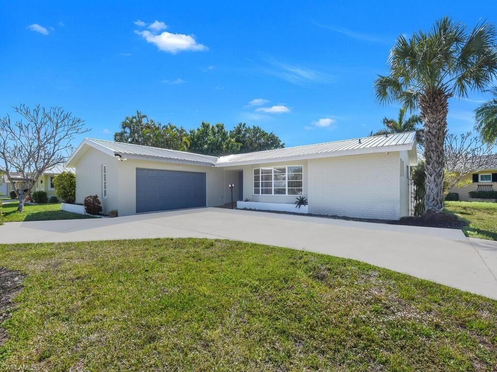 386 Parkway Court, Fort Myers, FL 33919 - #: 221014212