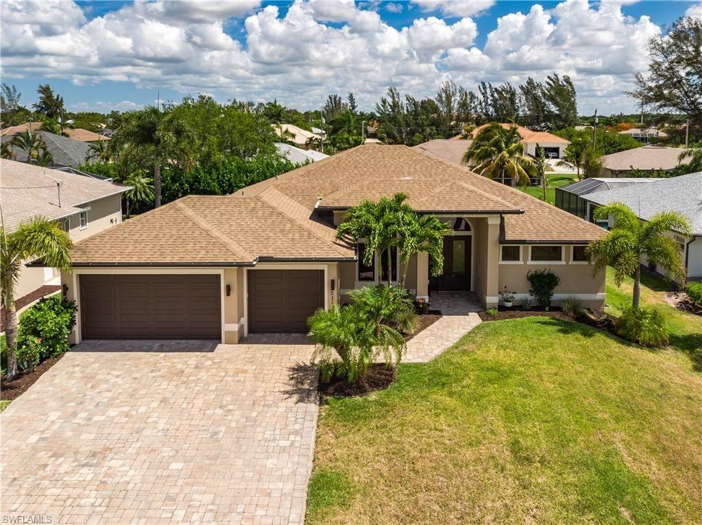 2121 SW 40th Terrace, Cape Coral, FL 33914 - #: 221041225