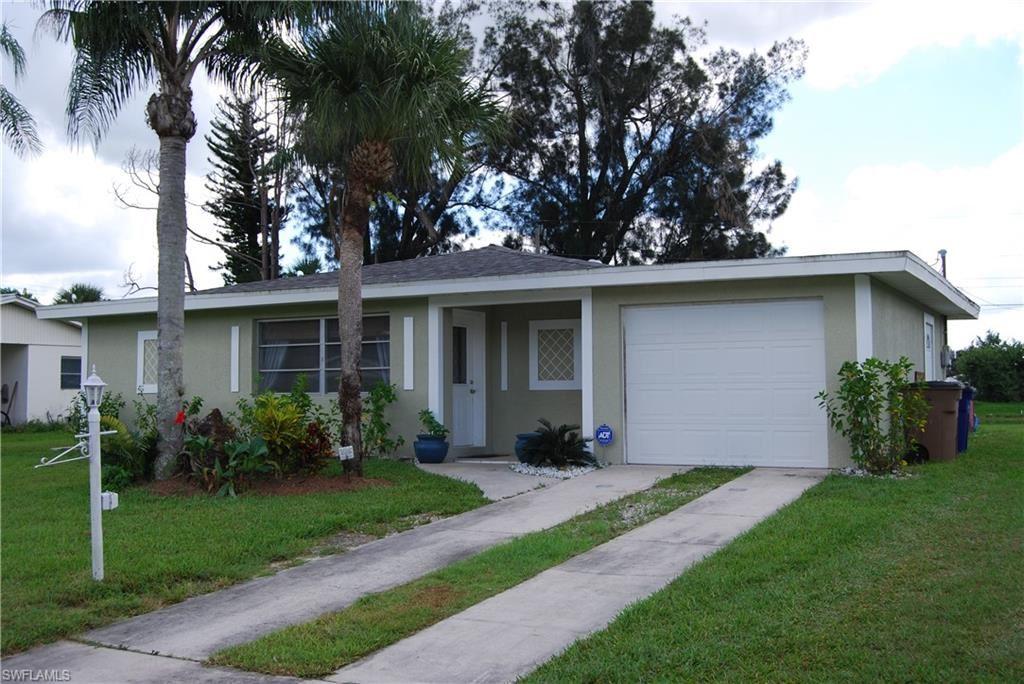 902 Willow Drive, Lehigh Acres, FL 33936 - #: 221022242