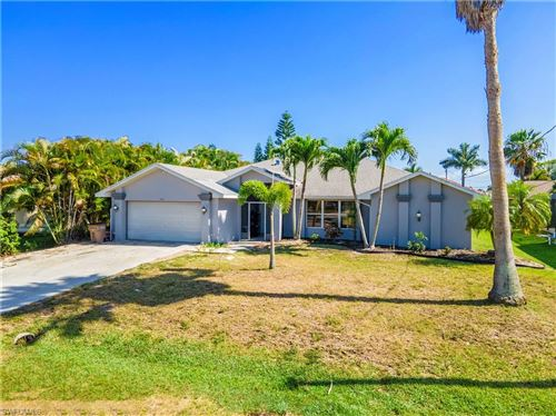 Photo of 2702 SW 53rd Lane, CAPE CORAL, FL 33914 (MLS # 221017243)