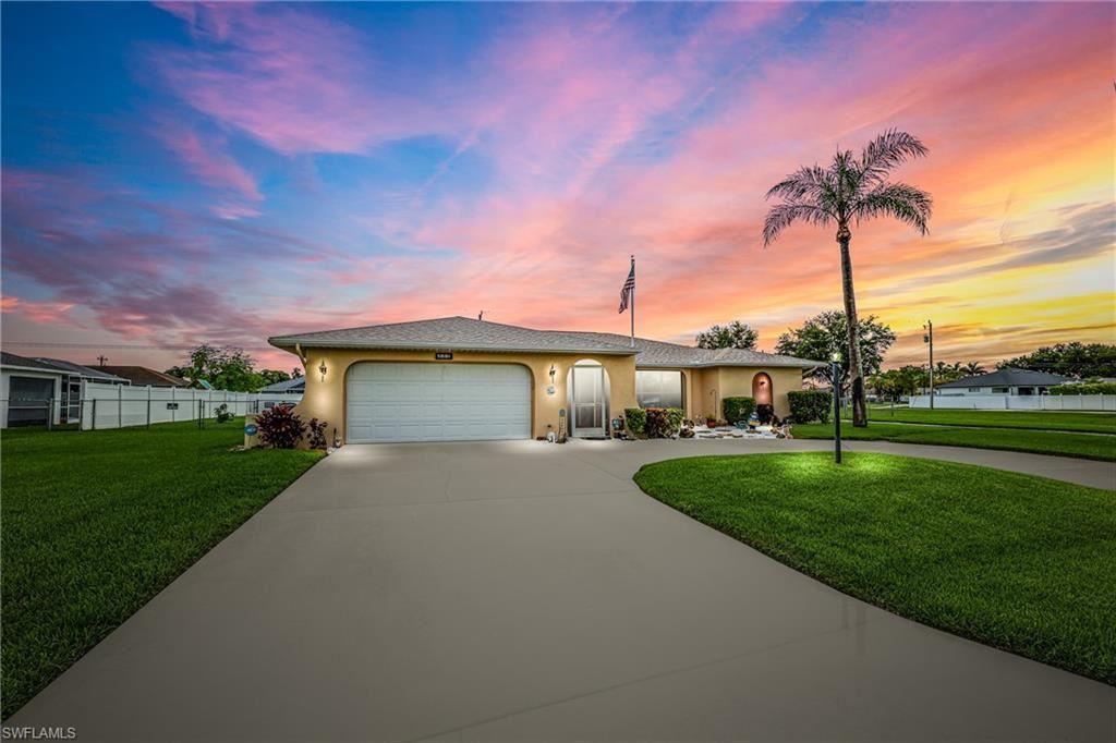 222 SW 10th Terrace, Cape Coral, FL 33991 - #: 221049244